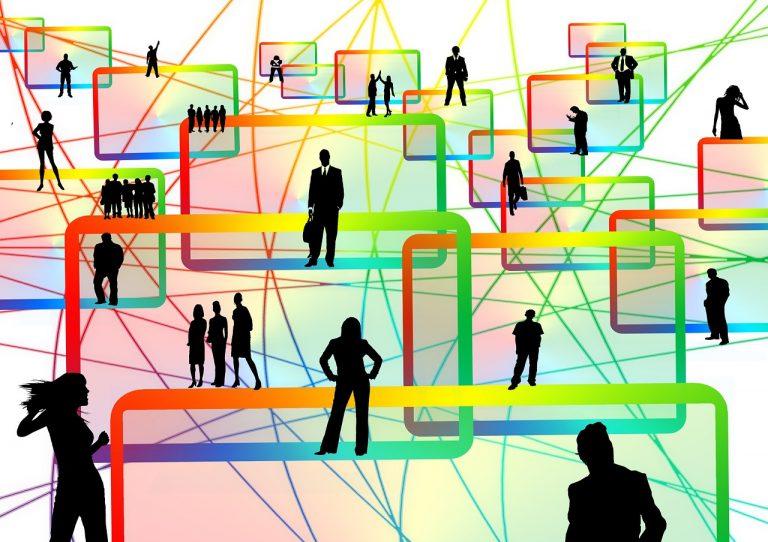 Plattform för personer som jämför och hitta bästa peer to peer lånet